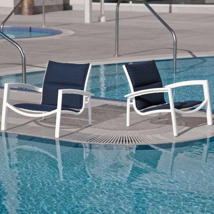 tropitone-south-beach-paddedsling-lounge-chair