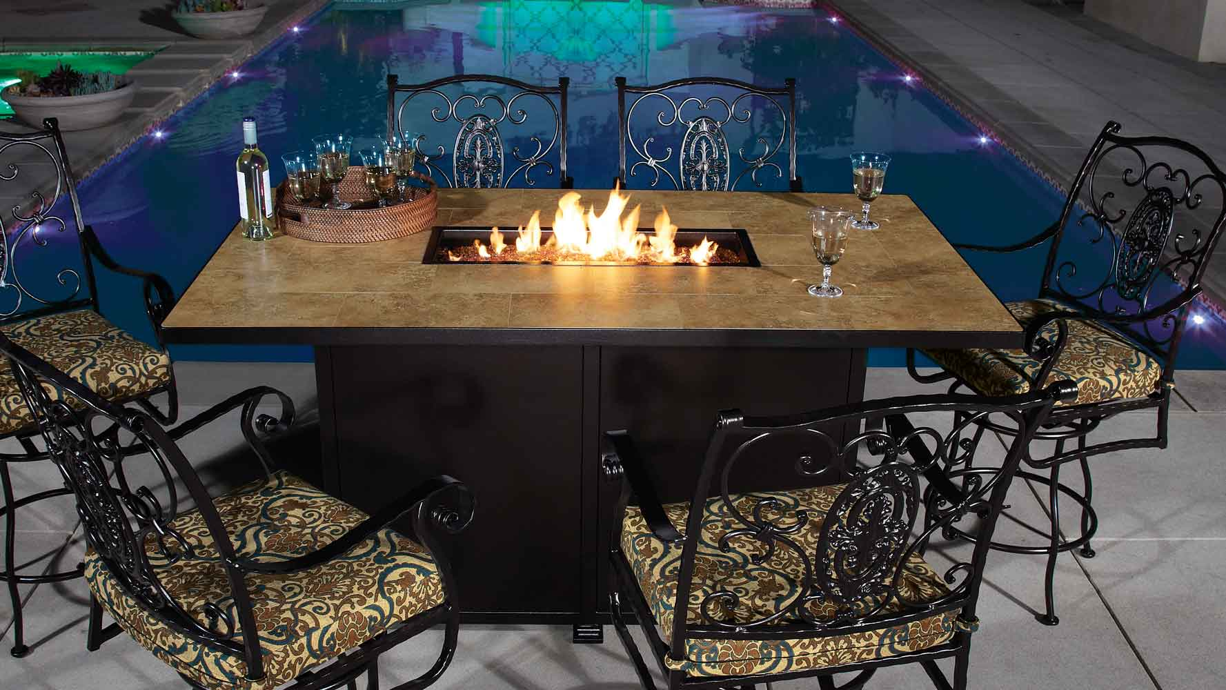 santorini-counter-height-fire-pit