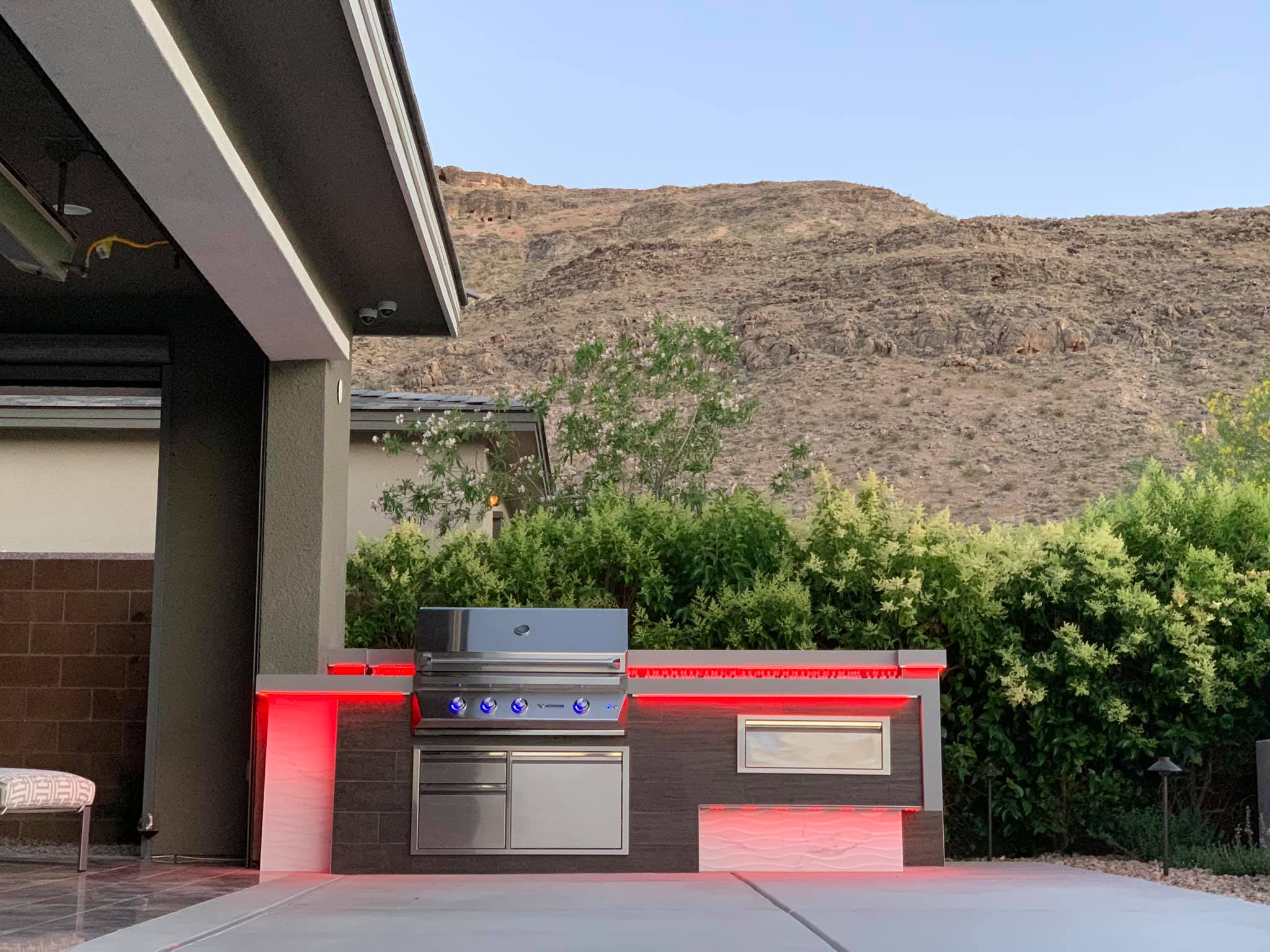 Outdoor Kitchen Twin Eagles Grill Red LED Lighting