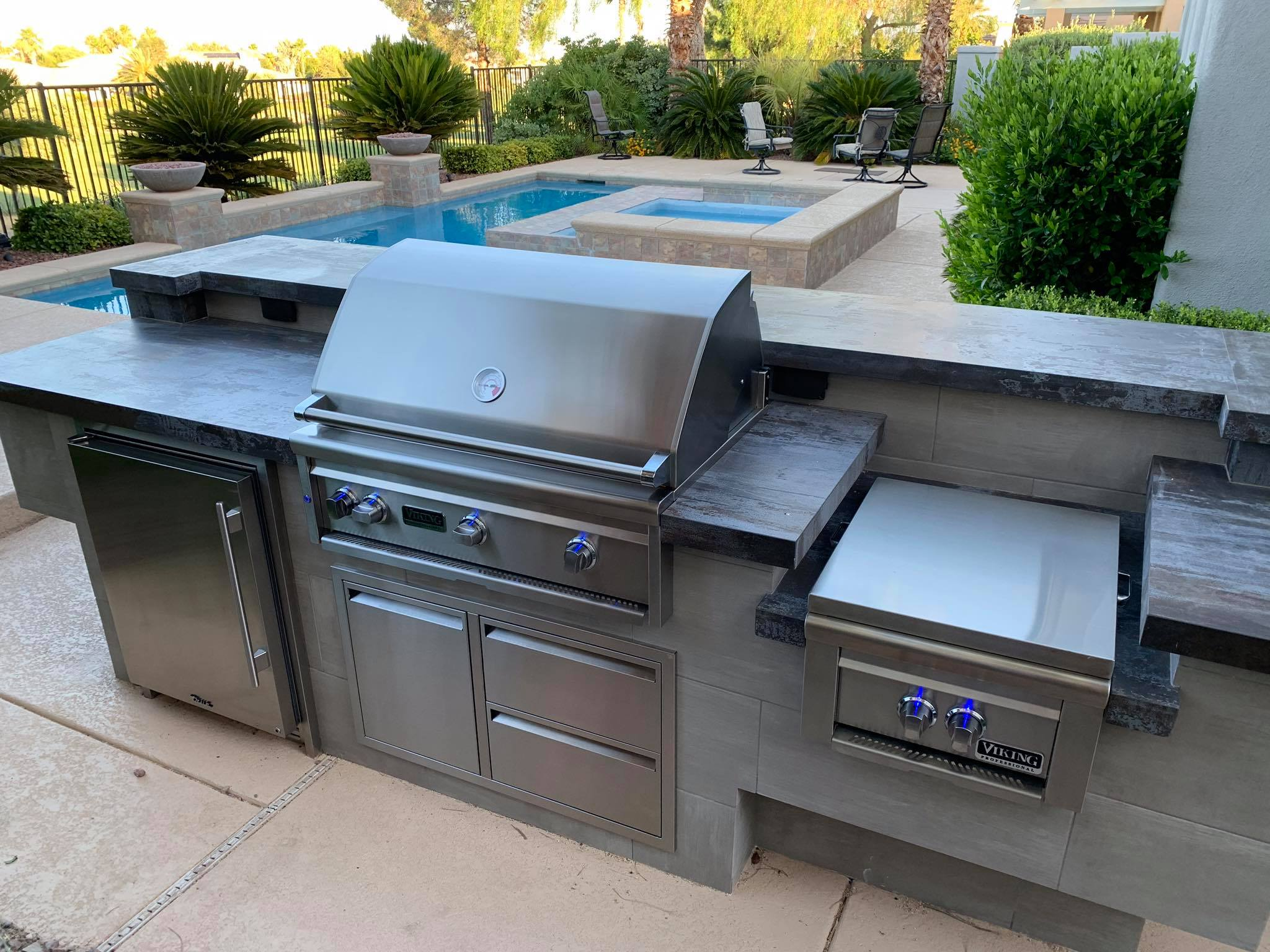 Outdoor Kitchen Viking Outdoor Grill 6